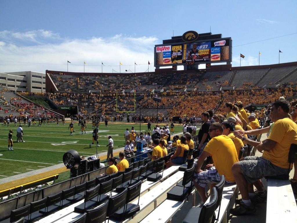 Iowa Hawkeye football pregame scoreboard